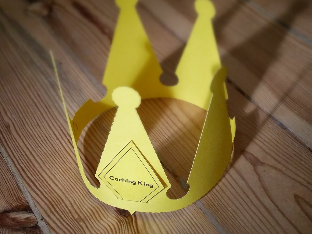 Nginx Caching: paper crown photo